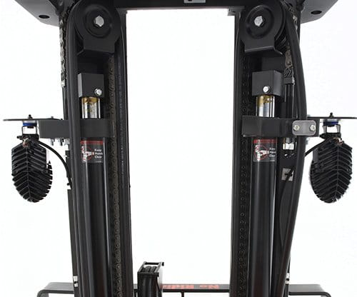 mast on Raymond stand up forklift